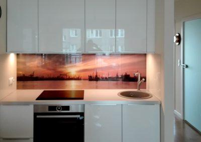 Panel szklany, ściana szklana - kuchnia